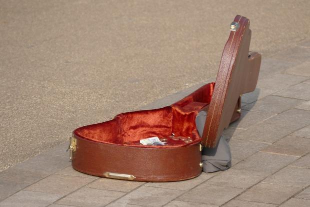 guitar-1259419_1920